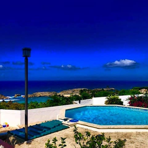 Bonita Mar Chiquita Beach House Couple's Retreat