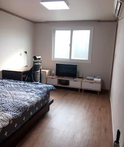 Brand new apartment in Jinhae area #202 - Jinhae - Flat