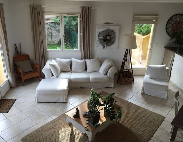 Maison de 4 pièces avec piscine - Villeneuve-Loubet - Casa