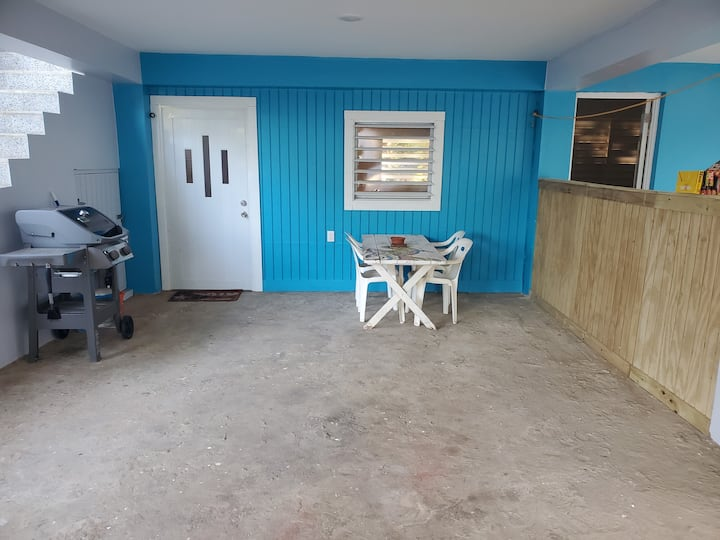 Come stay in the El Coqui beach house