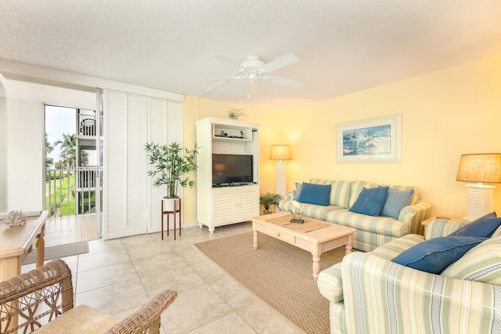 Island Beach Club F310, Dog Friendly, 2 bed 2 bath