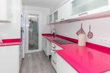 Precioso apartamento con vistas al mar reformado