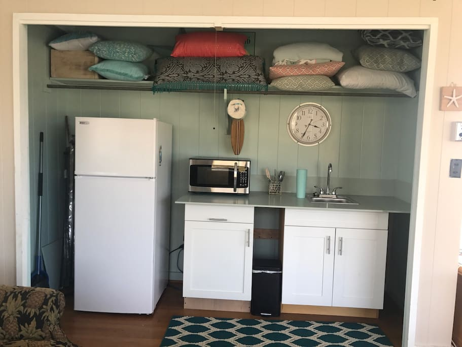 The cute kitchenette
