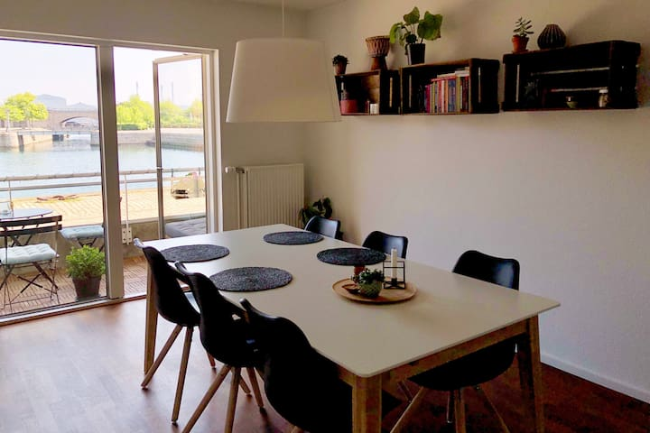 Seaview apartment in Copenhagen (Østerbro)