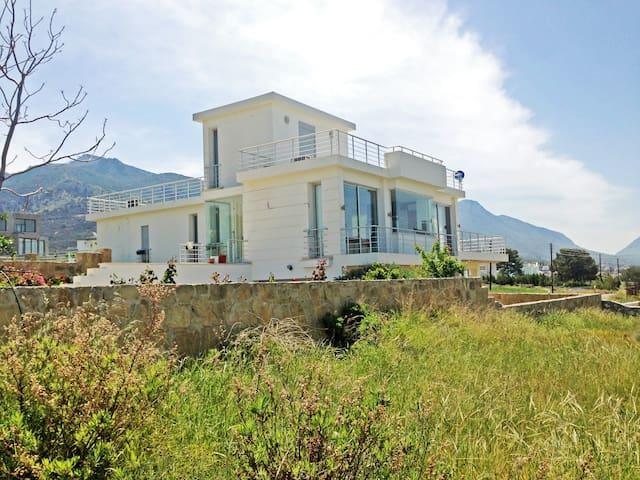 Villa 4 - Çatalköy - Casa
