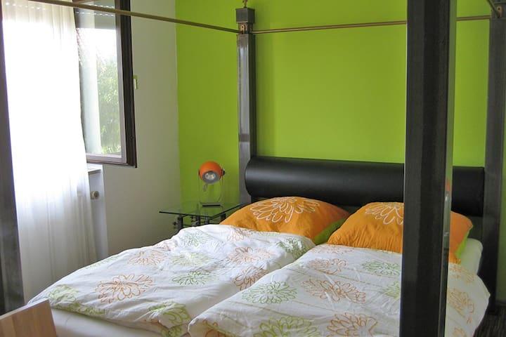 Ferienwohnung in der Nähe von Metzingen - Metzingen - Appartement