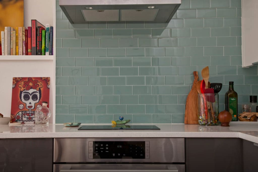 Kitchen, Induction stove-top