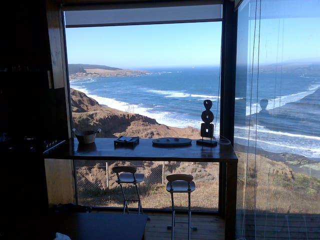 """Casa Primera Linea """"Vista Sirena"""", acceso a playa."""