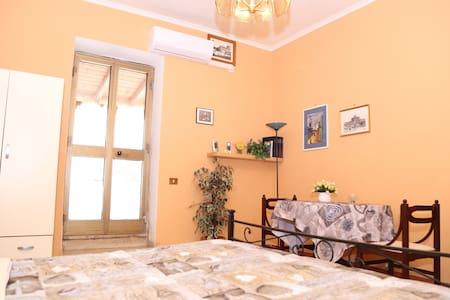 Edolo apartament - โรม