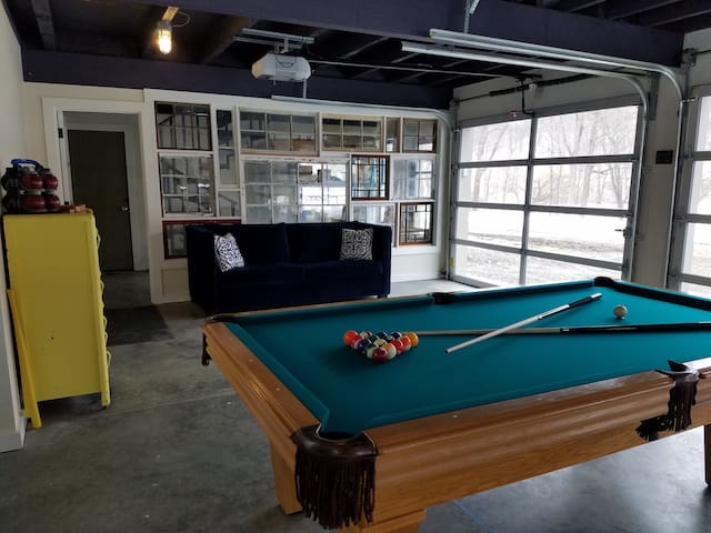 Sitting area and newly felted 9ft pool table