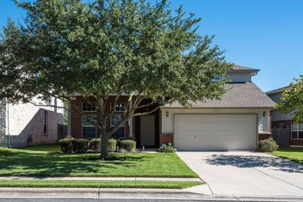 4 bedroom 2 5 bath house in north austin houses for rent in austin texas united states for 2 bedroom house for rent austin tx