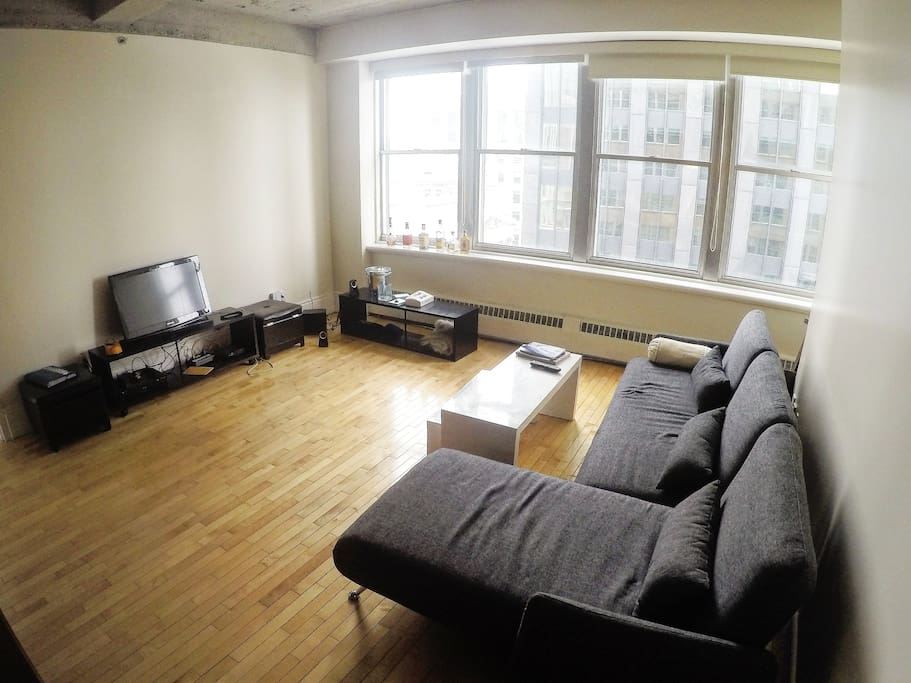 One Bedroom In The Heart Of Old Montreal Apartments For Rent In Montr Al Qu Bec Canada