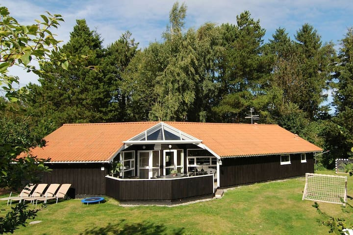 Balmy Holiday Home in Gilleleje with Whirlpool