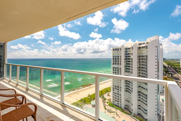 OCEANFRONT LUXURY! OCEAN VIEWS - CORNER UNIT WOW!