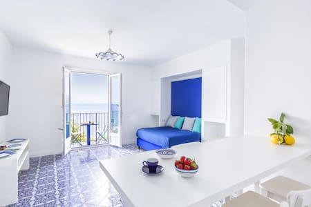 Blue View Capri Apartment