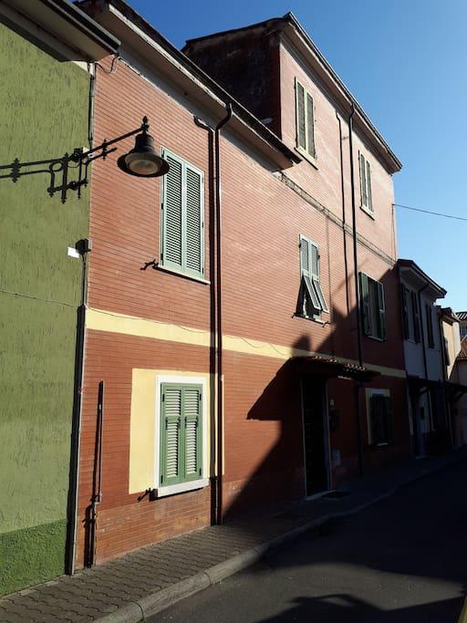 facciata esterna strada