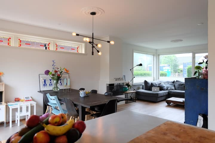 Huge family home in cute Weesp, next to Amsterdam