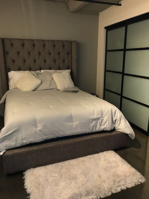 Queen Size Ashley Furniture Bed ( Ralph Lauren Sheets ) Silk Pillows and Beautyrest Recharge World Class Rekindle Luxury Firm Super Pillow Top Mattress.