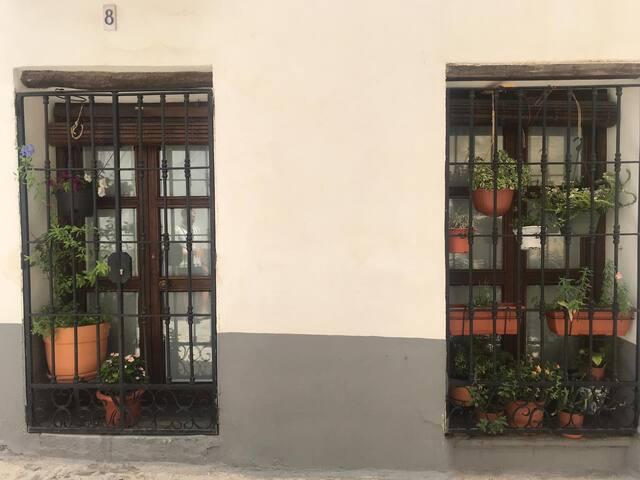 Aptos rústicos céntricos a 20 minutos Alhambra 2