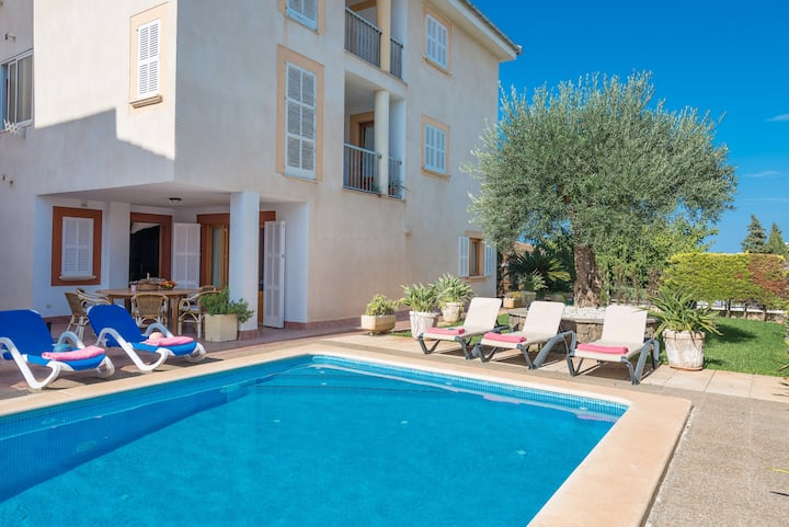 Abelina:) - holiday home, pool, Relax and beach
