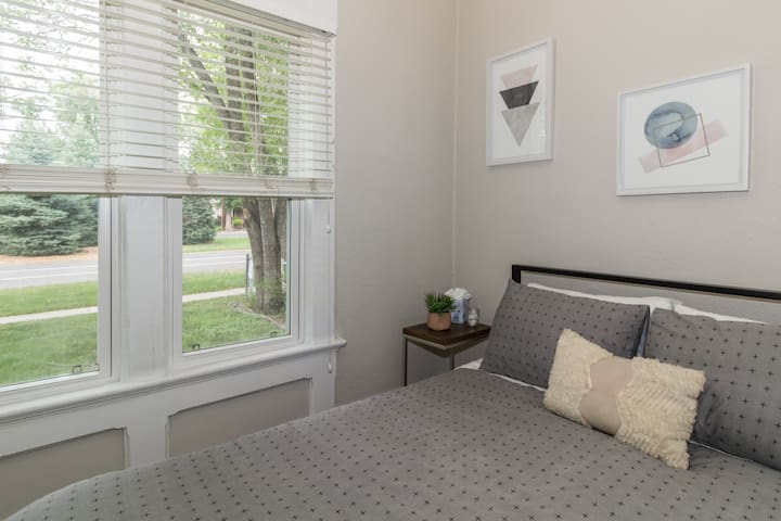 Sleep on brand new, extremely comfortable mattresses. First bedroom has a king bed, and second bedroom has a queen bed.