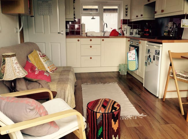 Cozy annexe in beautiful St Keverne, Cornwall - Saint Keverne - Rumah
