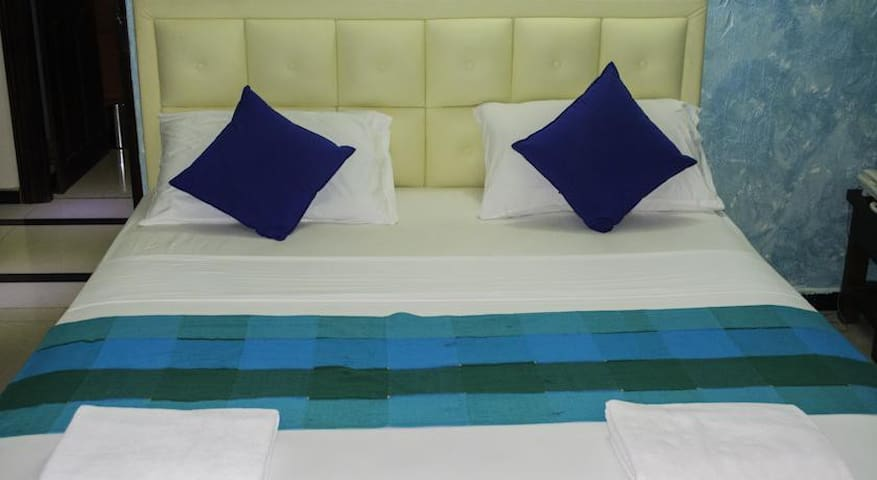 Premium Room at Sea Street Pettah C - Коломбо - Гестхаус