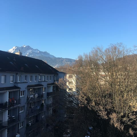 Perfect located. Two bedrooms. Mount Pilatus View. - Lucerne - Lägenhet