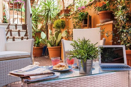Castel Terrace Free Wifi A/C Outside Space - Roma - Apartment