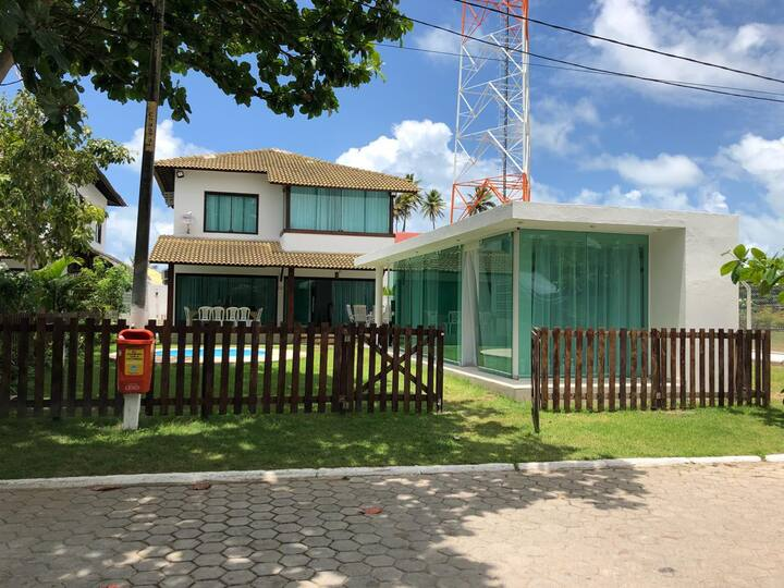 Casa com 5 suítes + Gazebo em Toquinho