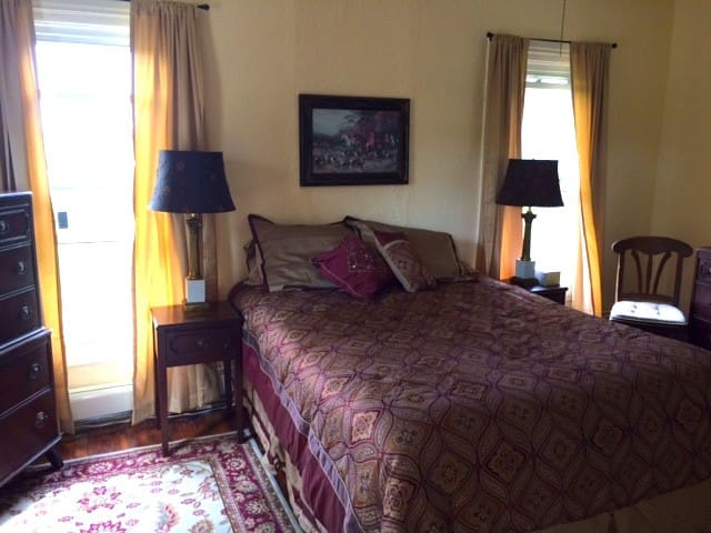 Burgundy guest room