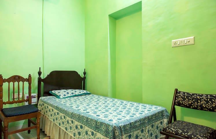 Queen's room in the heart of Jaipur - Jaipur  - Leilighet