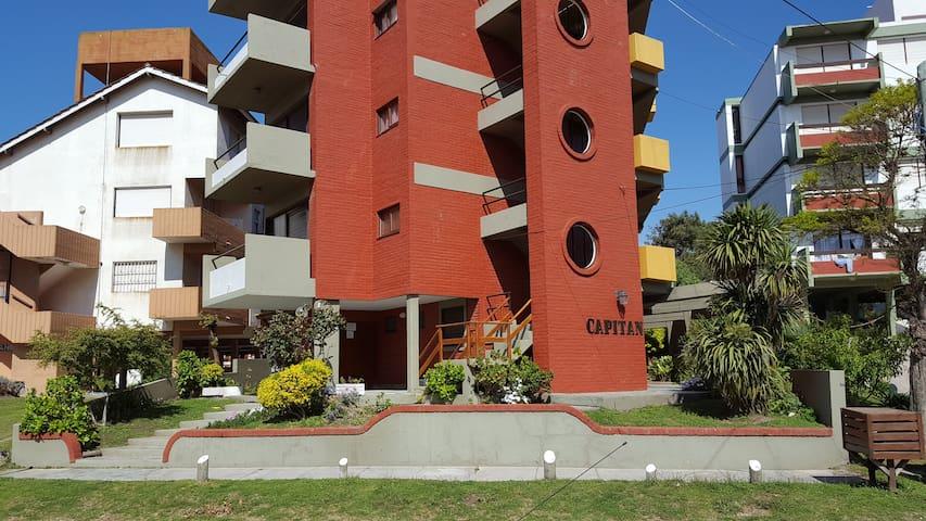 Departamento 1 ambiente zona Sur de Villa Gesell - Villa Gesell - Apartamento