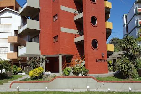 Departamento 1 ambiente zona Sur de Villa Gesell - Villa Gesell - อพาร์ทเมนท์