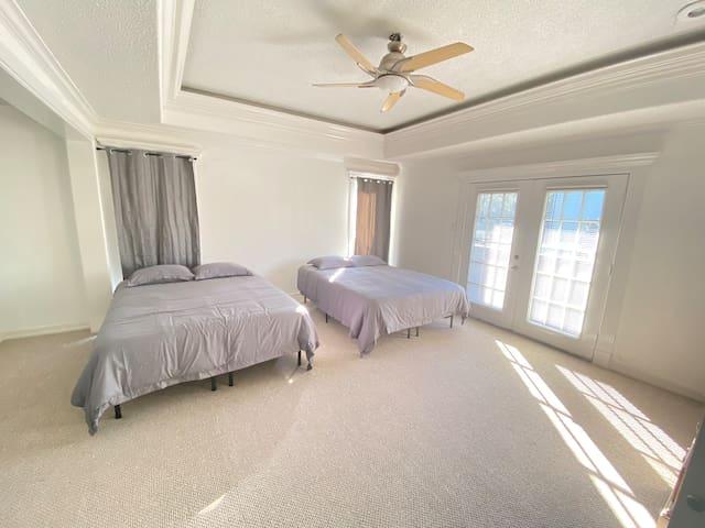 6th bedroom with en-suite