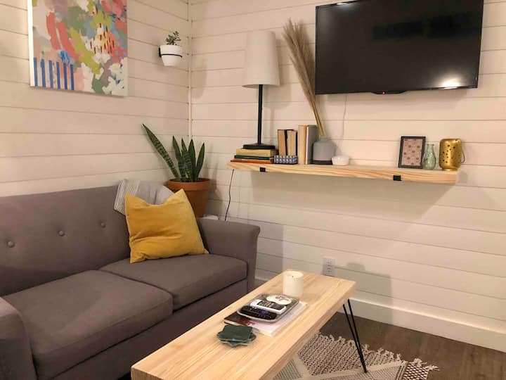 Un-Wind in Cozy Casita With All The Amenities!