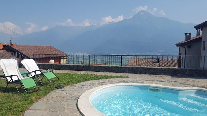 Spacious Lake Como Holiday Apartment for 6