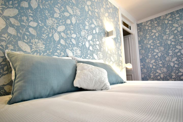 Porto Sereno | Guest House: Blue suite