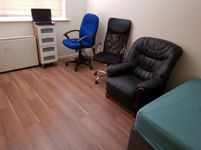 Double room in shared home