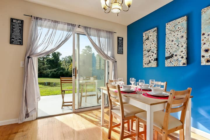 ★Monthly UNC Vacation Home★ Spacious & Cozy