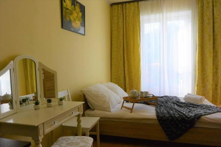 Hostel DV Gdynia - pokój 2-os z prywatną łazienką