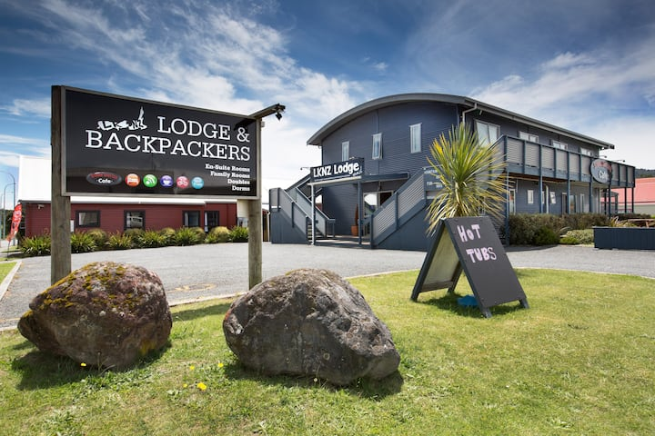 1 bed in a 6 Bed dorm in the heart of Ohakune