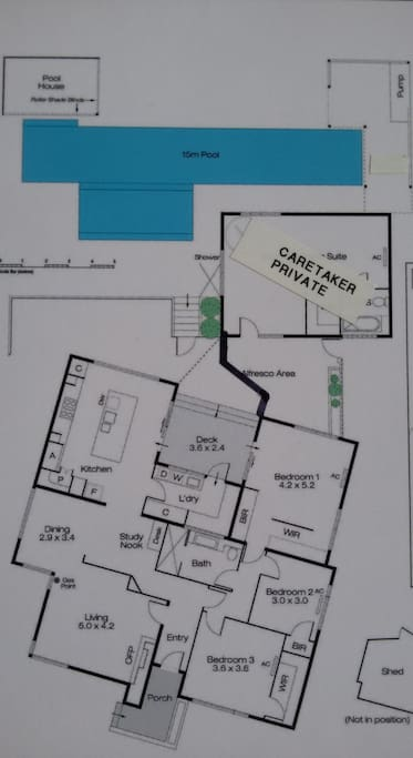 Site plan of the 800 square meter property shows full guest access to main house and yard. Wall separates caretakers apartment