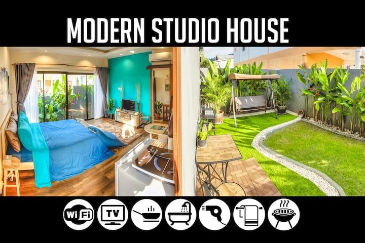 1BR Modern Studio House in Bang-Tao, sleeps 2-3
