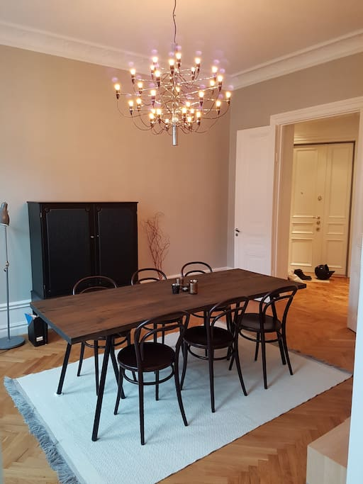 Dining room for 8-10