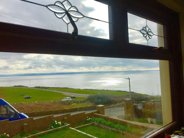 Ultimate Sea View - Large Bungalow - Ogmore-by-Sea