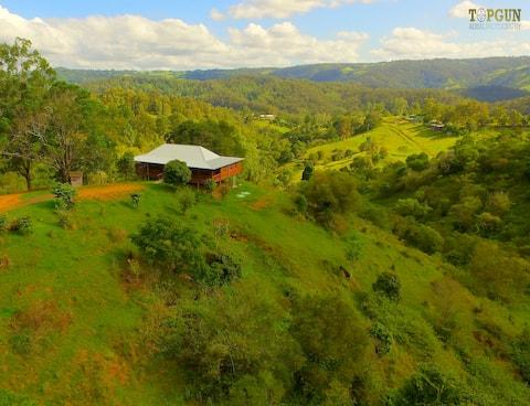 Belltree Ridge - Private Rural Escape