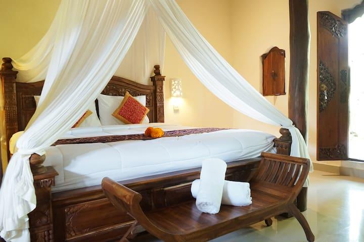 Bunut Moding Ubud - tropical countryside