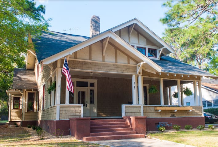 Historic spacious craftsman cottage - Valdosta - Dom