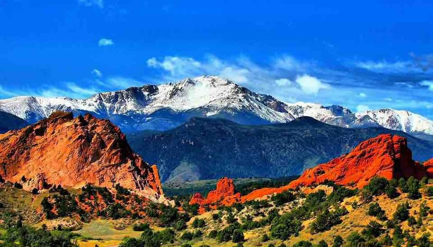 The famous Garden of the Gods & Pikes Peak. The house sits at the base of Pikes Peak and 5 minutes to garden of the gods